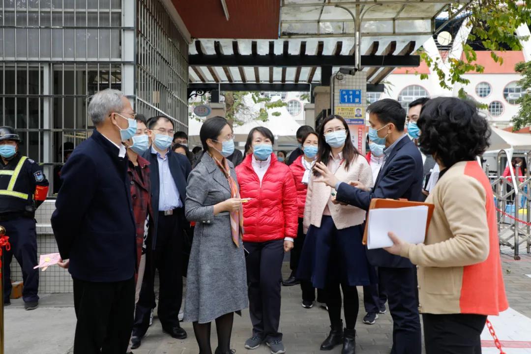 局长陈爽到番禺开展校园安全督导,并提出加装人脸识别系统